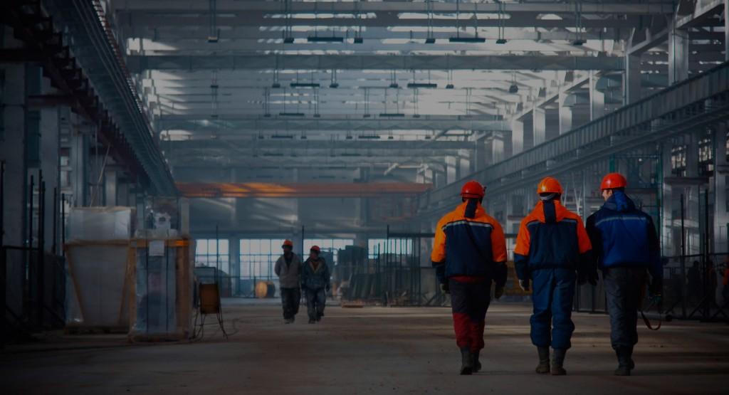 Los industriales esperan que se acomoden los stocks de producción en marzo