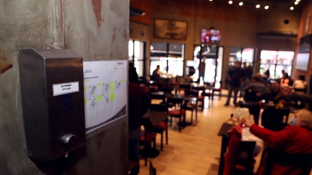 Los bares y restaurantes estarán abiertos hasta las 1:30hs en la noche de navidad